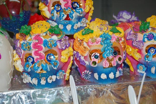 Calavera Skulls Dia de los Muertos - Ornate